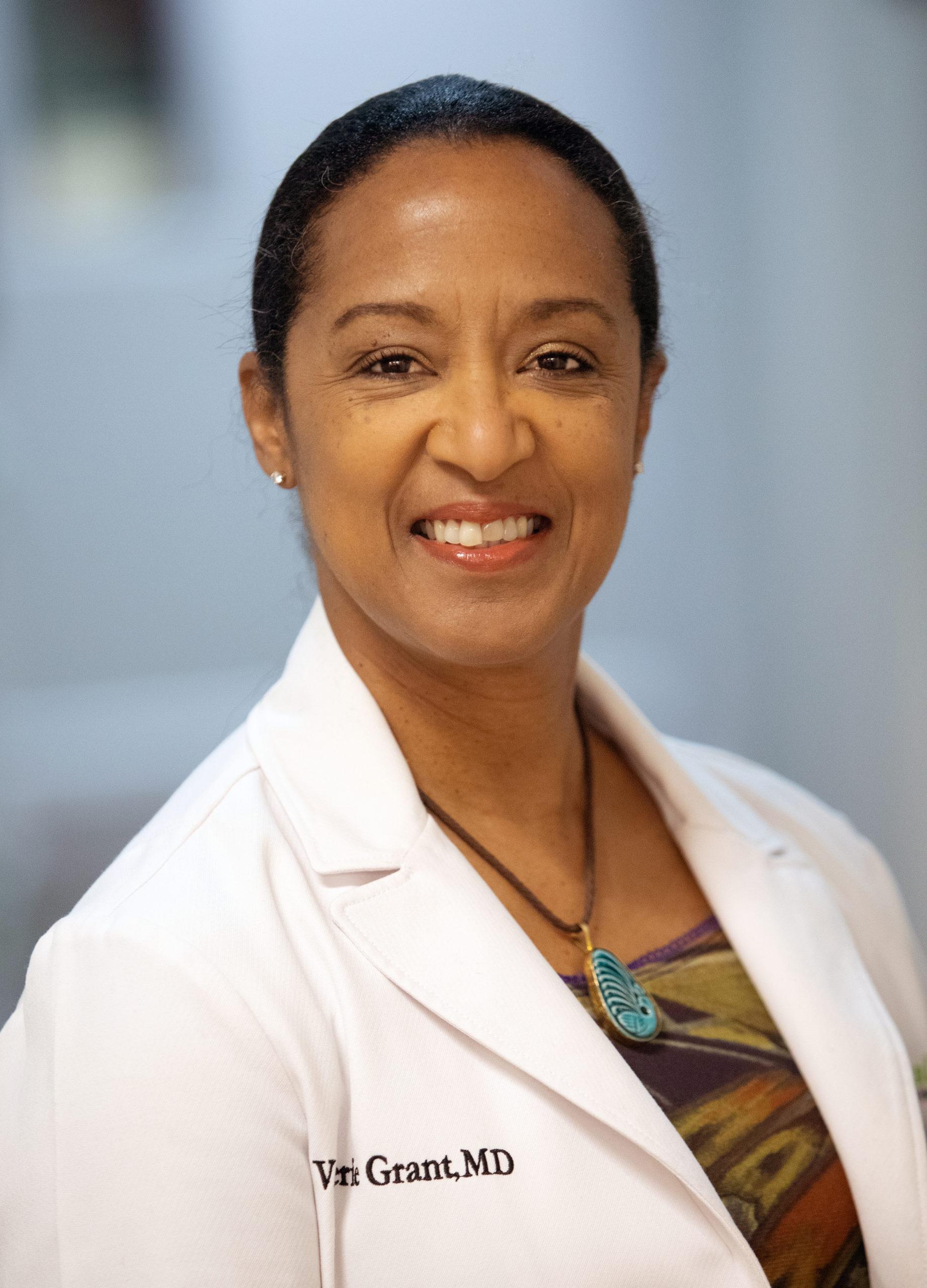 Dr Sharon Genato